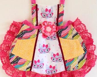 Cat Eyes Apron, toddler apron, girls apron