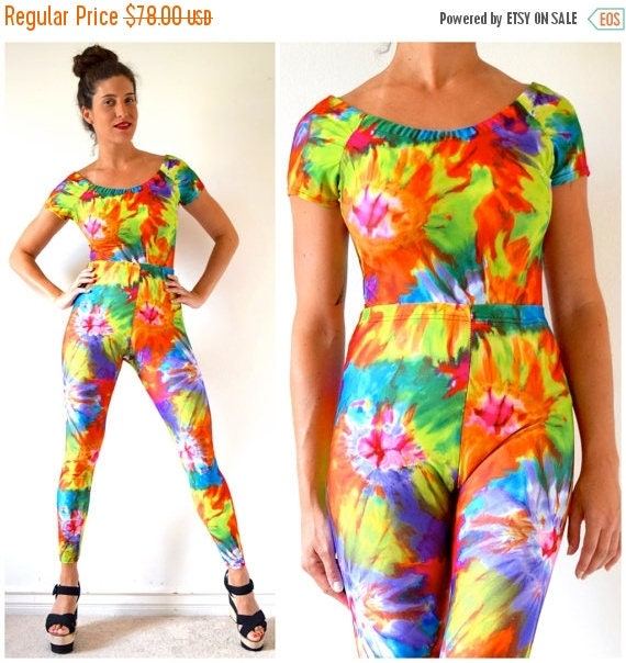 SUMMER SALE/ 30% off Vintage 90s Tie Dye Spandex High Waisted Leggings and Off the Shoulder Top 2 Piece Set (size small, medium)