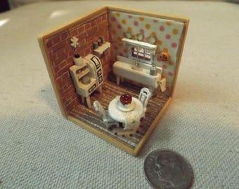 Tiny Kitchen Room Box