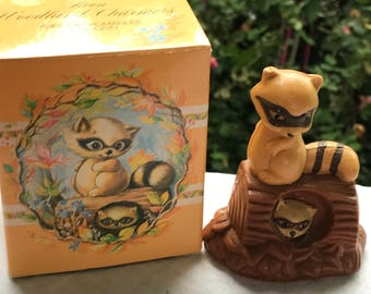 Vintage New in Box Avon Woodland Charmers Area Mini-Pomander Raccoon Fernerie Fragrance Cologne Bottle