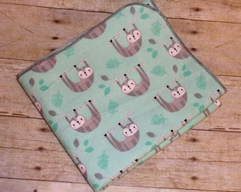 Sloth Receiving Blanket - Soft Cotton Flannel Swaddle Blanket - Gender Neutral Baby Blanket - Newborn Flannel Blanket - Baby Photo Prop