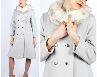 Gorgeous Vintage 1960's Light Dove Gray Wool Fitted Double-breasted Jacket w/ Soft White Round Fur Collar by Wieboldt's | Small/Medium