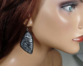 Polymer clay dangle earrings, black and silver