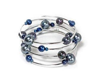 HALF PRICE SALE Black grey and blue pearl beaded silver spiral bracelet