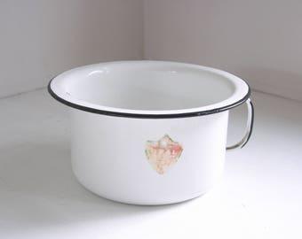 vintage enamel chamber pot