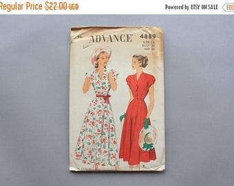 STOREWIDE SALE Vintage Sewing Pattern / 1940s Advance Pattern / 40s Uncut FF Dress Pattern with Scallops and Full Skirt 4889 size 18 36 bust