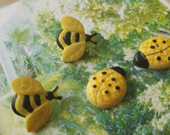 Vintage Buttons - set of 4 bees and bugs painted resin (Aug 261 17)