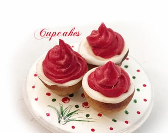 1/12 scale Cupcakes