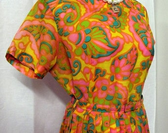 Retro Orange and Pink Dress with matching belt - Wild  colors - Hippie Chic fashion
