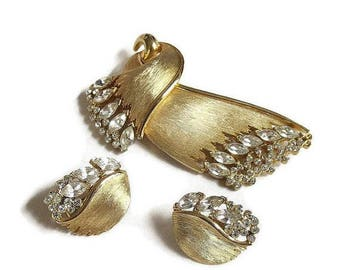 Clear Rhinestone Brooch & Earrings Set signed JJ Vintage Jonette Jewelry Company