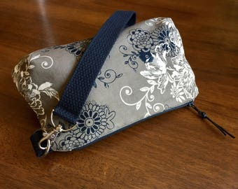 SALE-Medium Lodi-Da wristlet/ clutch