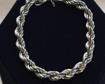 "Monet Gold tone Rope Bracelet, Vintage, 8"" (AO6)"