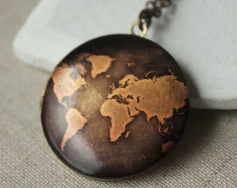 Old map locket pendant, world map necklace, Travel gift, antique copper locket, graduation gift, long chain photo locket photograph N98
