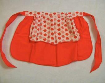 Vintage Apron, Red Apples, Vintage Aprons, Red Apron,  vintage Red and White Apron. reversible apron