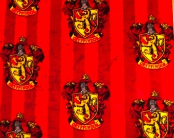 NEW!!  Harry Potter Gryffindor Crest 59-inch Fleece Fabric by the yard