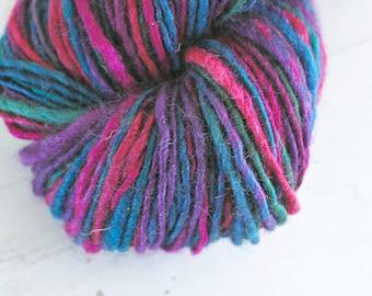 Handspun Yarn Worsted, BFL Wool Yarn, Worsted Weight Yarn, Purple Yarn, Hand dyed Yarn, Silk Blend Yarn, Wool Blend Yarn, Aran