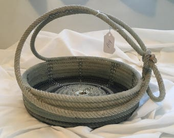 A14 Lariat Rope Basket