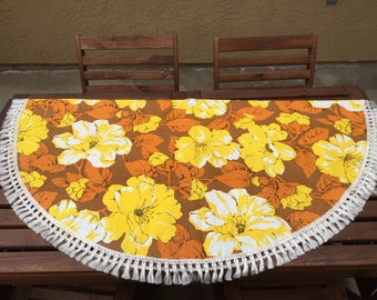 Vintage Floral Round Fringed Vinyl Patio Tablecloth