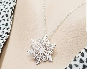 ON-SALE Sterling Silver Snowflake Necklace- Winter Jewelry - Winter Wedding Ideas