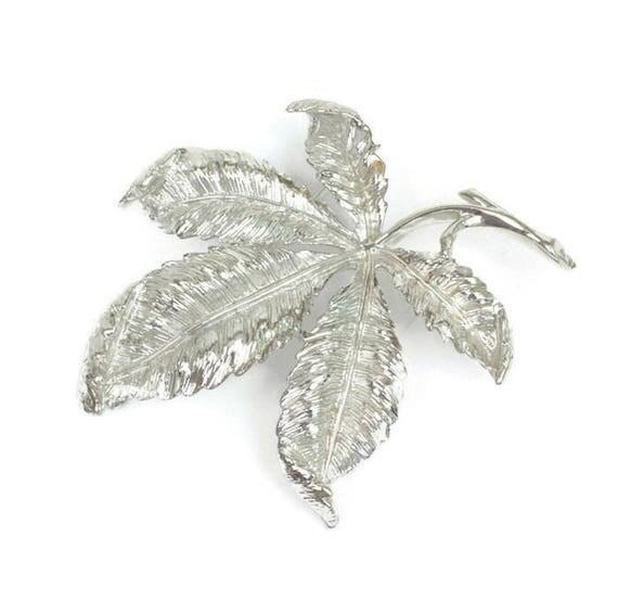 Coro Signed Leaf Brooch Silver Tone Dimensional Vintage