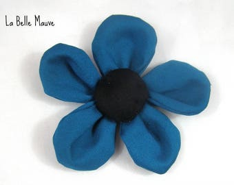 Teal petals flower brooch