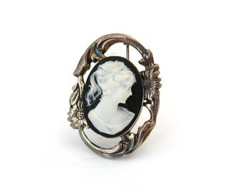 JEZLAINE 925 Sterling Cameo Flower Brooch   Lady Woman Floral Pin   Vintage Silver Jewelry