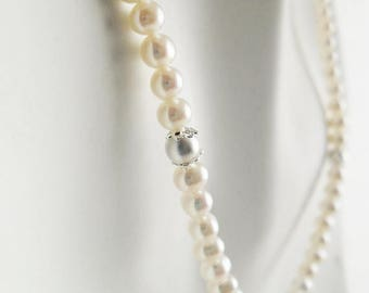 Bridal Necklace silver accents, single row pearl necklace, center pendant necklace, Classic Pearl Necklace,ivory Bridal jewelry- Eleany