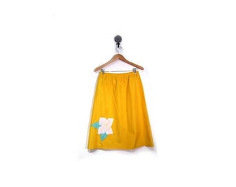 BTS SALE Vintage 80s Yellow Floral Knee Length A Line Preppy Skirt women m l vestiesteam preppy boho indie hipster quilted elastic waist usa