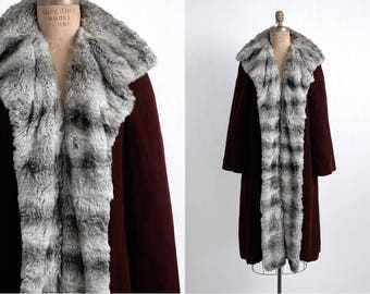 1940s 50s Bonwit Teller vintage red velvet + fur coat * CT136