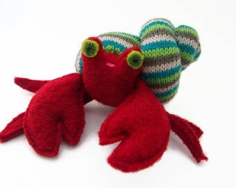 Toy hermit crab, waldorf toy, eco friendly toy