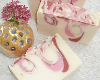 Pomegranate Pink Grapefruit Soap / Refreshing Fruity Sweet Tart / Natural Artisan Soap / Cold Process Handmade Soap