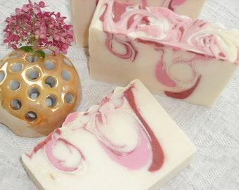 Pomegranate Pink Grapefruit Soap / Refreshing Fruity Sweet Tart / Natural Artisan Soap / Cold Process Handmade Soap