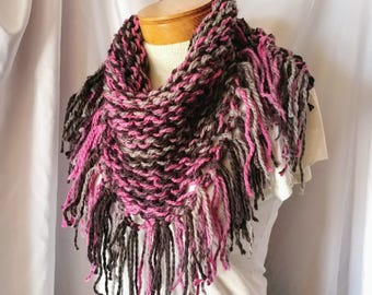 Pink and black extra chunky knit scarf, Cowl neckwarmer, Gift for her, Winter wrap, Boho accessory, Fringe triangle, Christmas teen girl