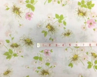 Full Vintage Fitted Sheet with Daisies and Pink Floral