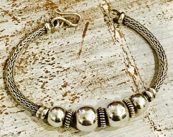 CIJ SALE Christmas JULY Beautiful Midcentury Modern Woven Sterling Silver Ball Vintage Bracelet