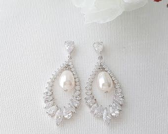Crystal Earrings for Bride, Teardrop Bridal Earrings, Wedding Jewelry, Crystal Pearl Wedding Earrings, Cubic Zirconia, Juliette