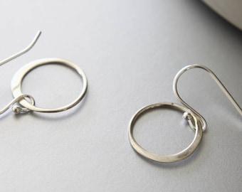 Sterling Silver Circle Earrings, Simple Earrings, Infinity Circles, Dangle Earrings, Circle Earrings, Everyday Earrings, Dainty Earrings