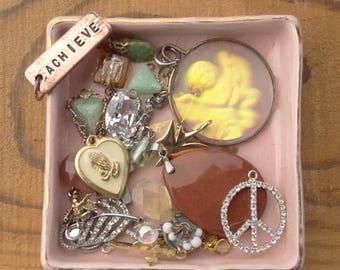Tiny Jewelry Findings - Vintage Jewelry - Tiny Craft Lot - Rhinestone- Achieve Charm - Goldstone - Hologram - Angel- D103