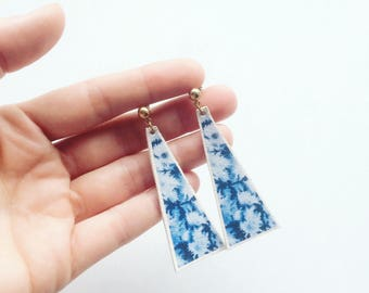 CALLA dangle earrings - printed watercolor patterned earrings