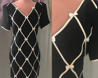 Bows All Over, Black White Sheath Dress, Deep-V, LBD, Wiggle Vintage 80s 90s