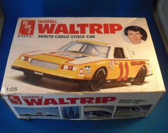 Darrell Waltrip 11 Pepsi Monte Carlo Model Car Kit