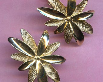 Gold Leaves Clip-on Earrings Sarah Coventry