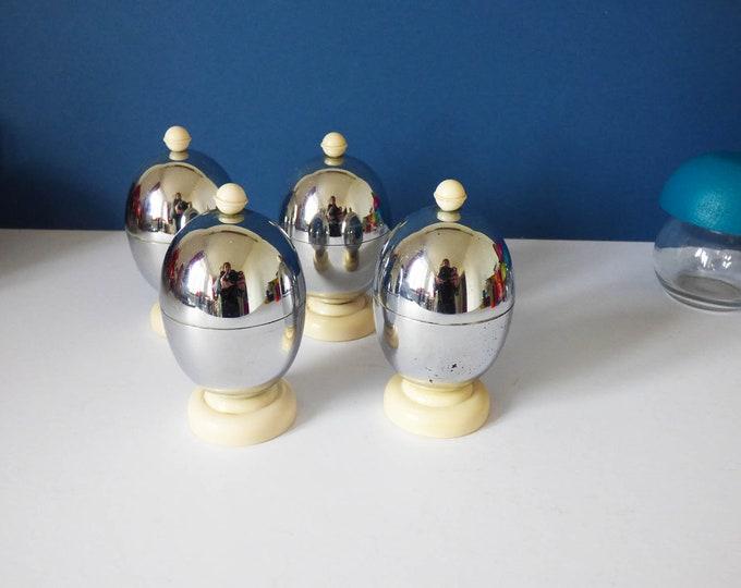 4 Egg Cups by Kosy Kraft