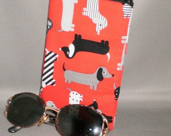 Dachshund - Eyeglass or Sunglasses Case - Zipper Top - Padded Zippered Pouch - Dogs - Doxies - Weenie Dog