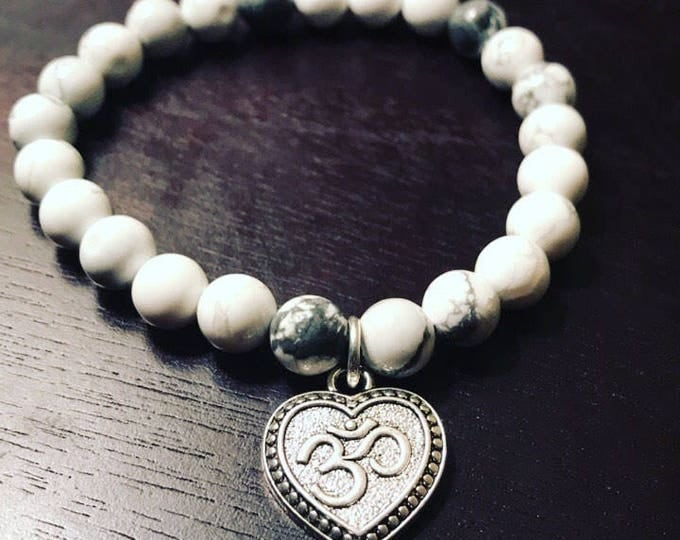 Om Heart Gray and White Bracelet
