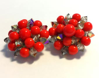 Red Beaded Cluster Earrings, Vintage Jewelry, Vintage Clip On Earrings, Mid Century Jewelry, Cherry Red Vintage Earrings, Silver Tone Clips