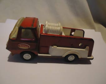 Vintage Tonka Pumper Red Metal and Plastic Fire Truck, collectable