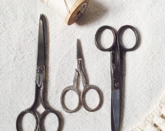 Vintage Scissors-Instant Collection-Set of 3