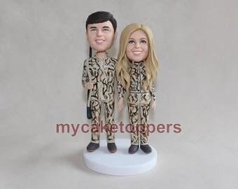 Camo wedding cake topper, custom camo bobblehead, personalized camo bobblehead, camo bobbleheads, custom bobbleheads, wedding figurines,hunt
