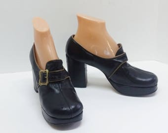 Vintage Shoes Andante Platforms Black w Brown Piping Chunky Heel and Buckle 60's Fashion Footwear Comfy Size 8